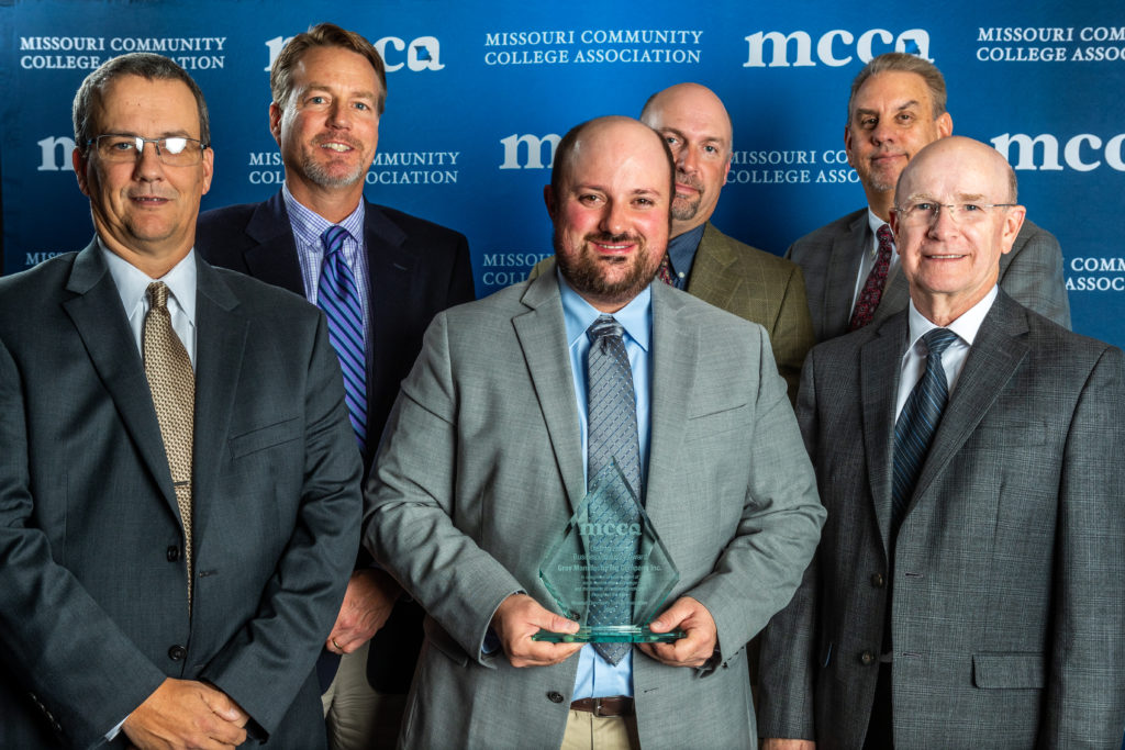 MCCA awards Gray Manufacturing for outstanding support of Missouri Community Colleges.